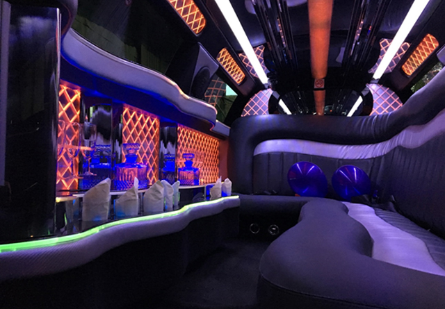 Elite Limousines Stretched White Chrysler 300c Limo ...
